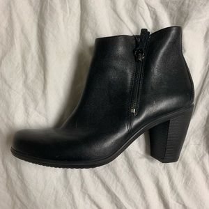 Ecco black booties, size 40